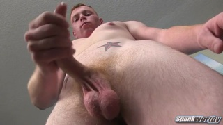 midwest str8 guy does his first JO vid