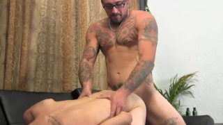 tattooed str8 dude with glasses fucks lad's ass hard