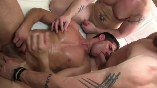 3 scruffy tops fuck dylan saunders bare
