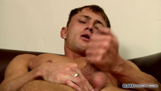 leo is gorgeous, fit and horny as fuck