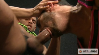 Sean Zevran shoves his big cock in Alexy Tyler's