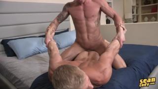 blond bottom dusty loves mac's dick