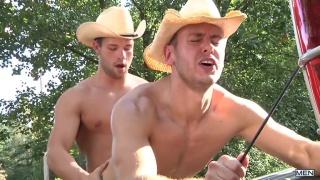 cowboys Brenner Bolton & Luke Adams fuck in the pick-up