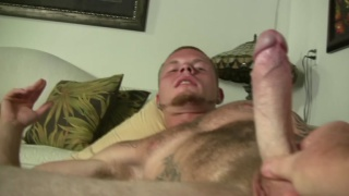 inked str8 dude plays with dildos