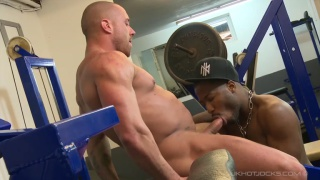 black guy fucks his white gym trainer