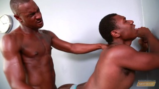 black men fucking in the weight room