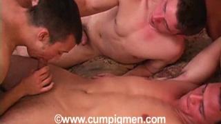 Sex pigs enjoying a threesome