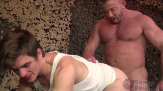 muscle hunk Shay Michaels fucks Rocky Soukup