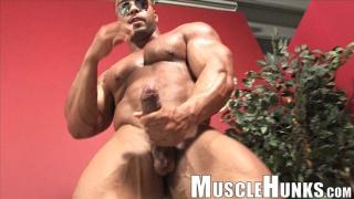 caribbean bodybuilder titan