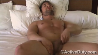 sexy dude with face scruff beating off