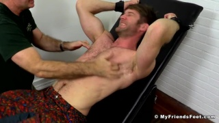 hairy hunk colby keeler in tickling session