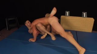 Robin Valej and Vlado Tomek wrestling naked