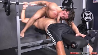 tanner and zeno fuck in the weight-lifting gym