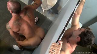sean duran backs his ass onto a glory hole