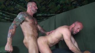 bareback flip-fuckers Hugh Hunter and Matt Stevens