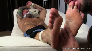 bound hugh hunter's foot session