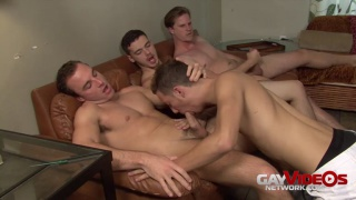 cocksucker blows 3 guys and swallowing their loads