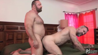 muscle bear plows sexy daddy's ass