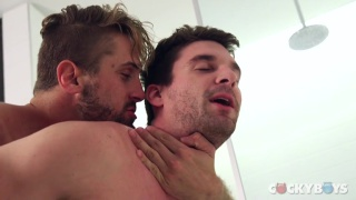 new cocky boys Wesley Woods and Dustin Holloway flip fucking