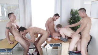 4 horny cops bang their prisoner