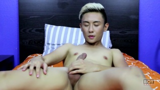 adorable asian twink jacks his dick