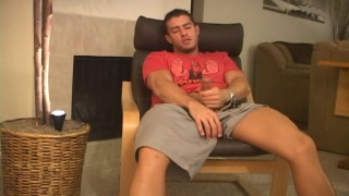 Cody Cummings Masturbates
