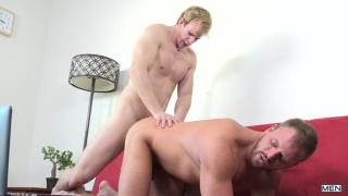blond hunk Cameron Foster fucks Josh Peters