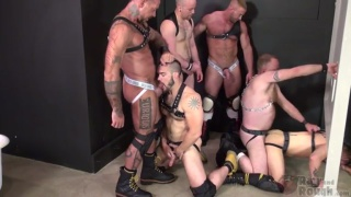 6 horny men fucking at toilet glory hole