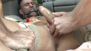 driver regrets picking up these two hitchhikers