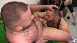 Thick-hung Daddy bear gets serviced by three men
