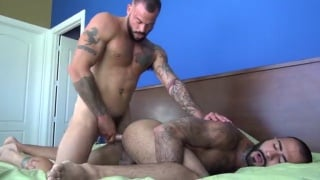 Sean Duran sticks his bare long dick in Rikk York