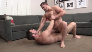 more muscled kellin gives Sean Cody another go