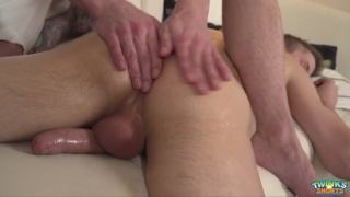 thomas fiaty gets handjob on massage table