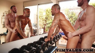 damien crosse gets fucks by tim kruger is his home gym
