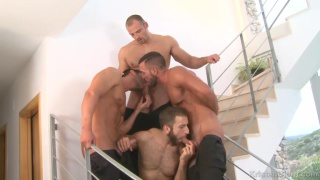 muscle hunks fuck on the stairs