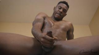 muscle hunk maddox jacks his dick