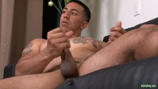 inked guy damon strokes his big dick