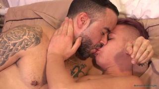 Alex Silvers fucks with older man Gabriel fisk