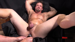 beefy guy kyle gets his hole stuffed with dildo