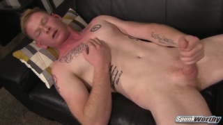 Midwest ginger jerks his dick in first video