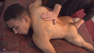 Luis' cock explodes on the massage table