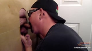man gets his five-day load milked at the glory hole