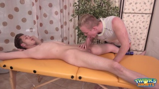 will simon gets serviced on massage table