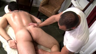 Van Wilder fucks Joey Doves with his huge dick