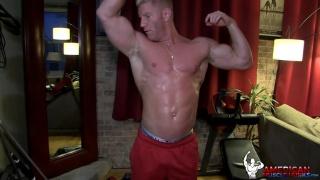 blond bodybuilder johnny v shares a work out
