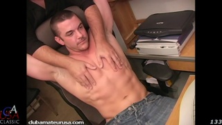 ripped straight dude gets his dick serviced