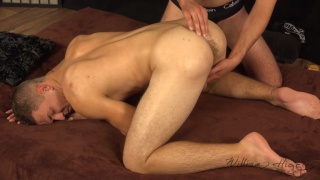 czech stud gets his beefy ass fingered