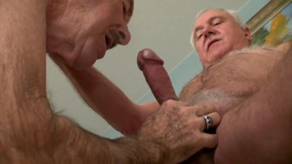 older man gets his big dick sucked