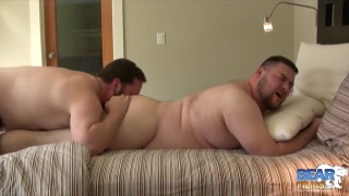 humpy hairy guy gives chub a rubdown and more in bed