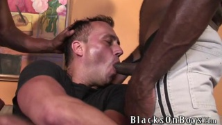 Lucky white guy gets 2 black dicks